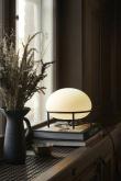 WOUD - Pump Bordslampa m. opal glas